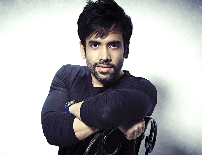 tushar-kapoor-became-a-father