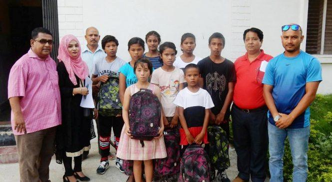 असहाय र अनाथ बालबालिकालाई शैक्षिक सामाग्री सहयोग