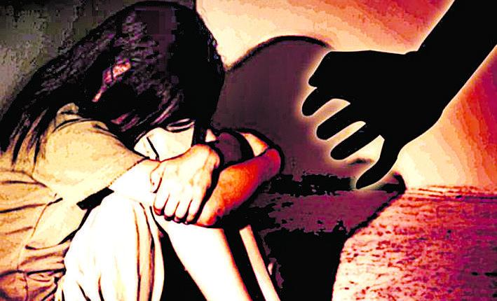 पदोन्नति भएका कर्णेलद्वारा साथीकी श्रीमतीमाथि बलात्कार