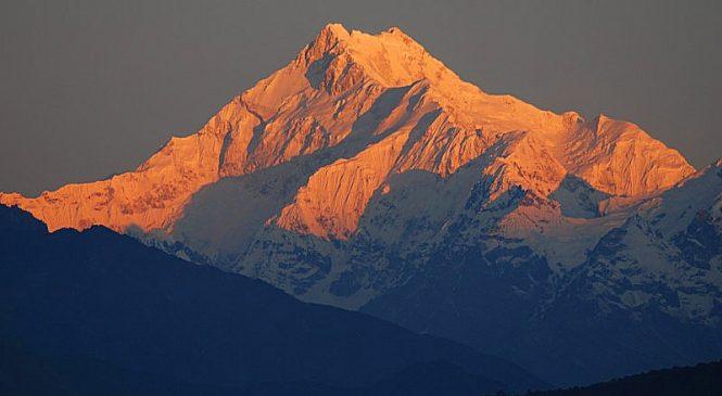 कञ्चनजंघामा दुई भारतीय पर्वतारोहीको मृत्यु