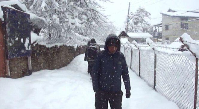 हुम्लामा भारी हिमपात, देशैभर चिसो बढ्यो