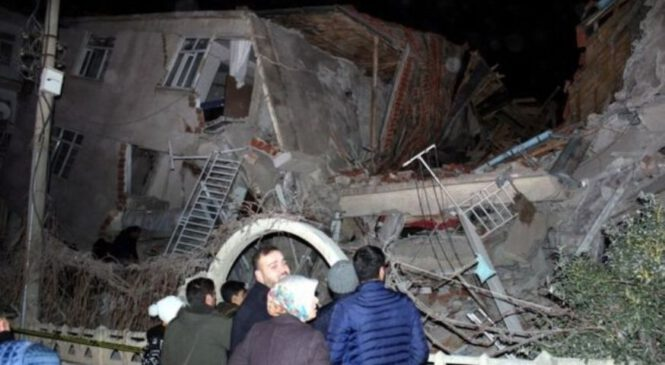 टर्कीमा भूकम्प जाँदा १९ जनाको मृत्यु