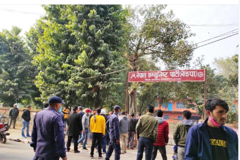 कञ्चनपुरमा नेकपाका दुई समूहबीच झडप